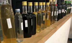 Održano prvo ocjenjivanje mljetskih vina i jakih alkoholnih pića