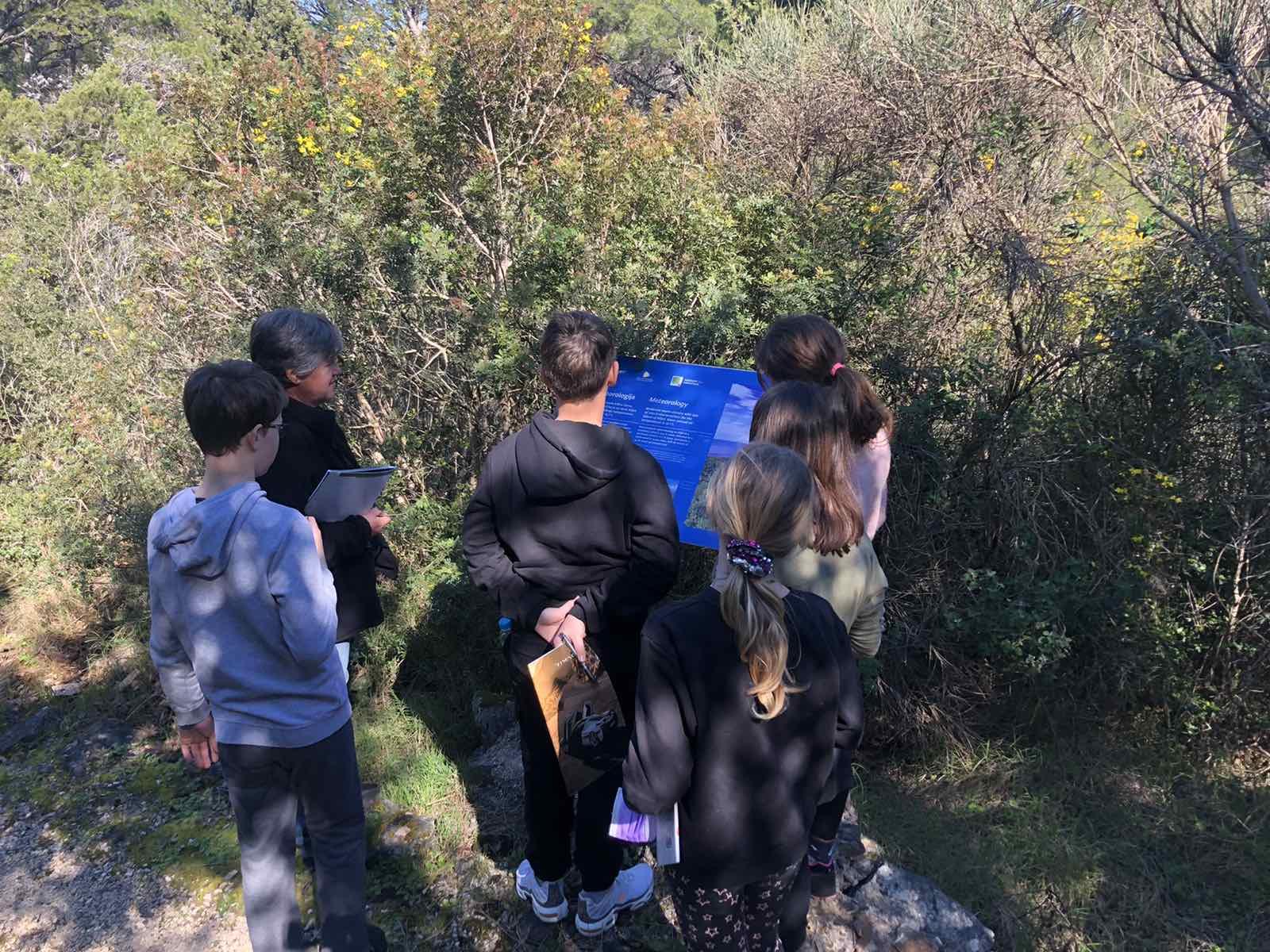 Posjet učenika OŠ Mljet meteorološkoj postaji Konštar